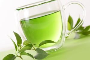 green tea 300x199 - EL TE VERDE PARA MEJORAR EL  ENTRENAMIENTO DE TRIATLÓN Y CICLISMO