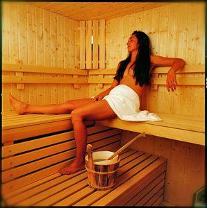 sauna - ¿CANSADO DE UNA LARGA TEMPORADA Y NECESITAS UN DESCANSO? PARTE II
