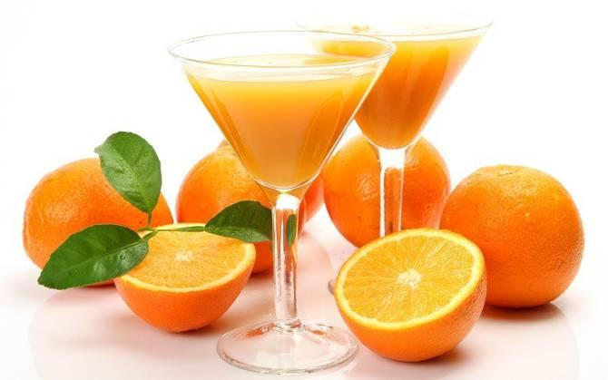 zumo de naranja1 - ¿QUÉ DEBE  DESAYUNAR UN TRIATLETA, CICLISTA O ATLETA?