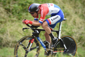 gf tom dumoulin dutch cyclist of the year 300x200 - ¿ES ANTAGÓNICO SER ESCALADOR Y CONTRARRELOJISTA?