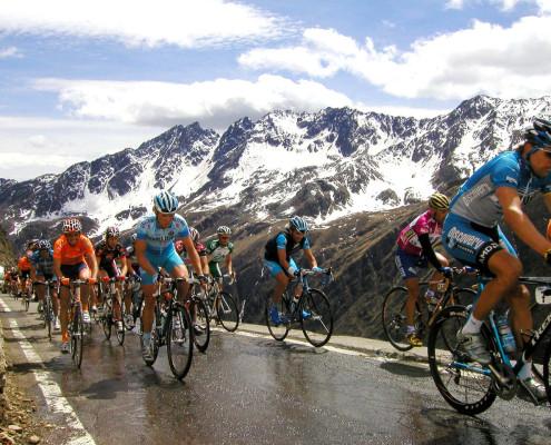 Ciclismo Carretera 005 495x400 - B DREAM, ¿REALIDAD O SUEÑOS?