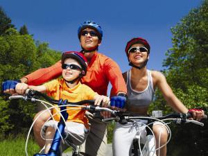 Familia Deporte 300x225 - Familia-Deporte