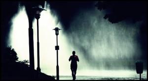 correr noche lluvia 111 300x165 - correr_noche_lluvia-111