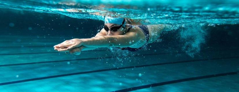 series natacio entrenament 828x430 828x321 - CÓMO INICIARSE EN EL TRIATLÓN SI PROCEDES DE LA NATACIÓN